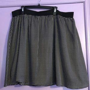 Black and White Skirt - 2x Worthington